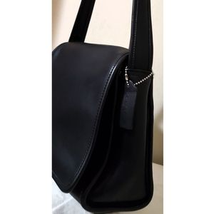 Coach Vintage 9054 Black Leather Flap Shoulder Bag